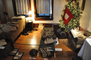 2010_Christmas_Bloomfield_15